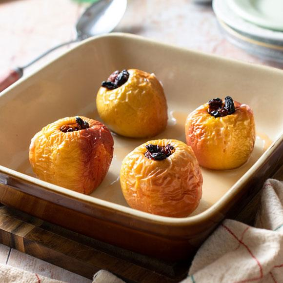 World Cancer Research Fund's baked apples recipe
